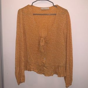Abercrombie & Fitch Mustard blouse
